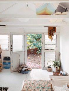 biarritz surf style. Beach Cottage Style, Beach Cottage Decor, Beach House, Surf Style Home, Surf Style Decor, Surf Shack, Beach Shack, California Bungalow, California Homes
