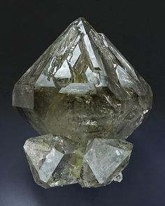 Herkimer Diamond Quartz crystals on matrix Minerals And Gemstones, Crystals Minerals, Rocks And Minerals, Crystals And Gemstones, Stones And Crystals, Diamond Quartz, Herkimer Diamond, Quartz Crystal, Mineralogy