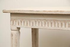 antik copf asztal, gustavian bútor Vintage Designs, Entryway Tables, Shabby Chic, Furniture, Home Decor, Decoration Home, Room Decor, Home Furnishings, Home Interior Design