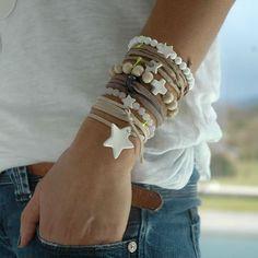 bracelets et porcelaine blanche
