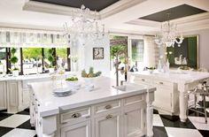 KRIS JENNER KITCHEN   Kris Jenner's kitchen