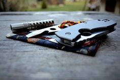 Hartigan's      EDC 14 2 15 on Flickr.      HanksbyHank     Atwood Pest     Spyderco Techno      BetaQR