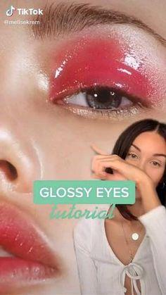 Glossy Eyes, Glossy Makeup, Eye Makeup Art, Eyeliner Looks, Gel Eyeliner, Smoky Eye Makeup Tutorial, Eyeliner Tutorial, Vogue Makeup, Colorful Makeup