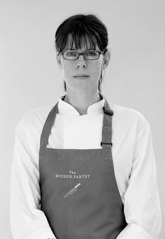 Head Chef Anna Hensen's culinary philosophy is driven by the desire to please and excite the palate by renewing everyday cooking with modern ingredients and global inspiration. The result is a menu that is fresh & contemporary; inspired by a global larder where only the very best ingredients are sourced from all over the world.