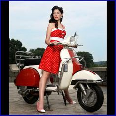 Vintage style scooter girl.Benidorm, Spain, España