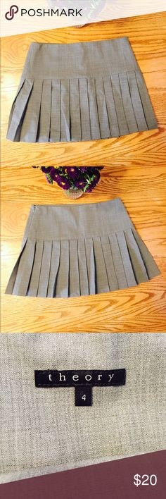 """Theory Gray Pleated Career Uniform Skirt Sz 4 Beautiful Theory Pleated Uniform Skirt in Excellent Condition. No Flaws.  Waist: 15.5""""  Full Length: 14.5""""  Fast Shipping - Generally within 24 hours! Theory Skirts Mini"""