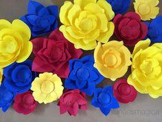 Flores de papel para cumple con tema Blanca Nieves #floresdepapel #paperflowers #paper #papel ...