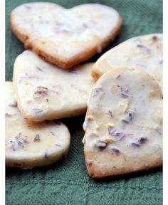 Iced Lavendar Shortbread Cookies via Montcarte - 10 Valentine's Day recipes (because the way to anyone's heart is via their stomach!)