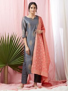 Grey Hand Block Printed Chanderi Kurta with Checkered Pants and Pink Dupatta- Set of 3 Kurta Designs Women, Salwar Designs, Blouse Designs, Dress Indian Style, Indian Dresses, Indian Outfits, Pakistani Outfits, Indian Attire, Indian Ethnic Wear