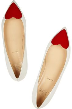 Red heart shoes: Christian Louboutin pointy-toe flats are perfect for Valentine's Day! Roger Vivier, Christian Louboutin Outlet, Pointy Toe Flats, Red Bottoms, Beautiful Shoes, Slip On Shoes, Flat Shoes, Me Too Shoes, Designer Shoes