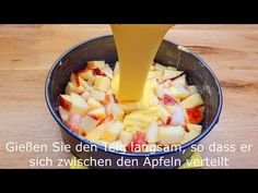 szybki i łatwy przepis na szarlotkę, 5 minut pracy i 25 minut pieczenia # 139 - YouTube Apple Pie Recipe Easy, Apple Pie Recipes, Cake Recipes, Apple Custard, Custard Cake, Cake Factory, Lemon Meringue Pie, Hungarian Recipes, No Cook Desserts