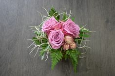 Arrangement  with Roses & Tillandsia or Spanish Moss