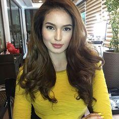 Sarah Lahbati @sarahlahbati This color makes ...Instagram photo | Websta (Webstagram) Sarah Lahbati, Filipina Beauty, Idol, Long Hair Styles, Celebrities, Face, Beautiful, Instagram, Gallery