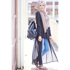 Black lace cardigan-Modern and fashionable hijab outfits – Just Trendy Girls Modest Wear, Modest Outfits, Modest Fashion, Hijab Fashion, Stylish Outfits, Fashion Outfits, Hijab Chic, Mode Hijab, Hijab Outfit