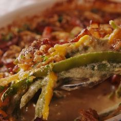 Loaded Green Bean CasseroleThanks for this post.Wave goodbye to that can of cream of mushroom soup and meet your new favorite green bean casserole! It's got bacon, chives, and SO much cheese. If you've got vegetarian company, feel free# Bean Greenbean Casserole Recipe, Casserole Recipes, Casserole Dishes, Side Dish Recipes, Vegetable Recipes, Side Dishes Easy, Healthy Side Dishes, Cooking Recipes, Healthy Recipes