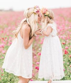 The sweetest mommy daughter duo  @savv_soutas + @everleighrose
