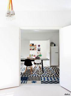 Lovely home of Vento family + love origami vase by Suvi Jaukkuri and Sanni Koffert.
