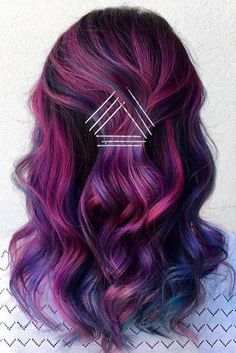 41 Creative Exposed Bobby Pin Hairstyles: How to Make Bobby Pins .- 41 Creative Exposed Bobby Pin Frisuren: Wie man Bobby Pins verwendet 41 Creative Exposed Bobby Pin Hairstyles: How to Use Bobby Pins - Dark Purple Hair, Plum Hair, Purple Ombre, Dark Hair, Purple Balayage, Putple Hair, Dyed Hair Purple, Silver Ombre, Burgundy Hair Colors
