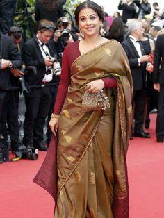 Bollywood Actress Vidya Balan wearing a saree