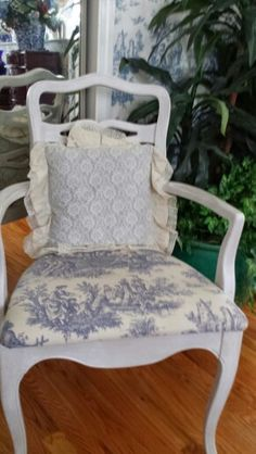 Country life blue and white chair