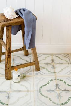 Using reclaimed or antique tiles in your home renovation project offers many benefits from practicality, durability and versatility to craftsmanship. Floor Patterns, Tile Patterns, Room Tiles, Wall Tiles, Aqua Blue Color, Unique Tile, Spanish Tile, Or Antique, Bathroom Inspiration