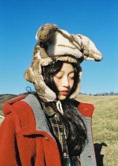 산토끼 (a wild rabbit 2015) : 네이버 블로그 Drawing Exercises, Aesthetic People, Aesthetic Photo, Girls Makeup, Portrait Inspiration, Illustrations And Posters, Ulzzang Girl, Drawing People, Korean Fashion