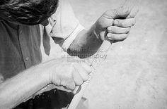 Hoffmann Tamás FőcímFafaragó Alcím Tartalmi leírásVarga György, 36 éves. - 1937-ben kezdett faragni, többnyire szipkákat készít a tihanyi Népművészeti Ház számára. Készítés ideje1950.08. Készítés helyeBuzsák     Somogy m.     Magyarország Tárgymutató,