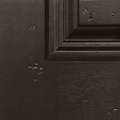 View WoodCraft Mahogany & Knotty Alder Finish options for your GlassCraft wood door. Modern Exterior Doors, Colonial Exterior, Wood Exterior Door, Front Door Paint Colors, Painted Front Doors, Steel Doors, Wood Doors, Knotty Alder, Wood Grain Texture