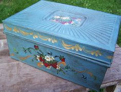 Hand Painted Metal Tin Box. SALE Vintage Hand Painted Metal Box. Jewelry Box, Recipe Box, Tin, Display, Container, Shabby Chic