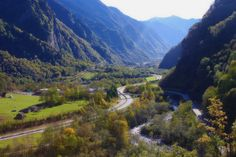 Valley in the Swiss Alps by Frau Chrissie, via Flickr