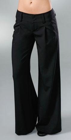 Alice + Olivia's Eric Wide leg pants; $275.00. As seen on Abigail Breslin