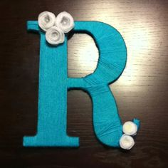 Made one similar for our front door today! Just a letter C instead and different color flowers.