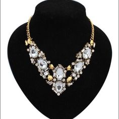 Luxury crystal water drop collar necklace Beautiful!! New With Tags.. Extender for adjustable length Jewelry Necklaces