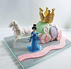 By Deniz Butik Pasta- doğumgünü pastası- şeker hamuru butik pastalar- yıl dönümü- sugar craft- boutique cake- birthday party- anniversary