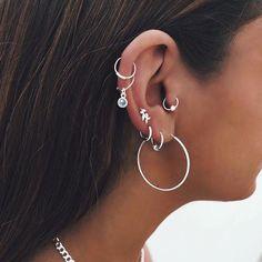 Ear Cuff Gold Non-pierced Cartilage Wrap Earring Fake Conch No Piercing Cuff Earring Simple Earcuff Cuff Earring Faux Pierced Swirl EWSWGF - Custom Jewelry Ideas Heart Earrings, Flower Earrings, Crystal Earrings, Hoop Earrings, Pretty Ear Piercings, Ear Peircings, Cartilage Piercing Hoop, Percing Tragus, Piercings Bonitos