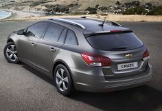 Chevrolet Cruze Station Wagon facelift wallpapers - Auto Power Girl