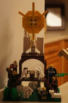 Lego Nativity Scene -- It's not a set you buy, this family created it out of the legos they already had.  LOVE IT