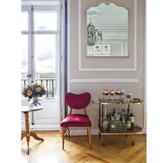 living-gazette-barbara-resende-decor-tour-casa-espanha-feminina-bar-cart