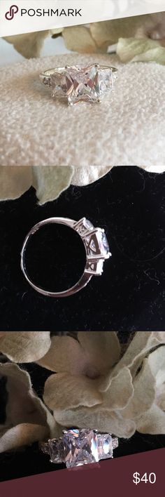 Engagement Ring Big Bling!  Gorgeous Engagement Ring. White Saphire, 18ct gold filled.  NWOT. Jewelry Rings