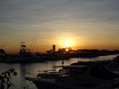 Terminamos o dia de muito turismo em Salvador. Aproveitamos uma visita ao Solar do Unhão para ir ao Bahia Marina que fica ao lado. Fomos aos quatro restaurantes do local. (em dias distintos kkkkk) O DAS SOHO ACQUA e LAFAIETE. Vou falar sobre cada um em um post especial no nosso blog.