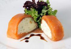 Ruladă de somon cu brânză