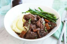 Slow-cooker beef cheeks in red wine