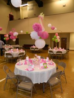 would love to do this for our church's father daughter banquet...just with a different theme.