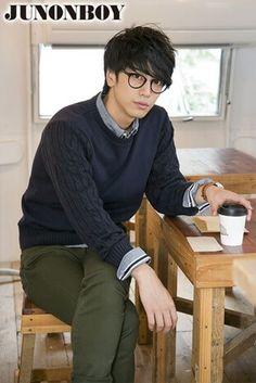 Japanese Men Hairstyle, Asian Men Hairstyle, Japanese Hairstyles, Korean Hairstyles, Men Hairstyles, Asian Men Fashion, Mens Fashion, Fashion Outfits, Asian Men Long Hair