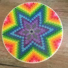 #hama #hamabeads #perler #perlerbeads #strijkparels #hamastrijkparels #madebymyself #star #colors