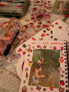 Art Diary, Journal Aesthetic, Art Hoe, Scrapbook Journal, Journal Pages, Journal Inspiration, Art Inspo, Book Art, Art Drawings