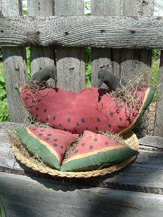 Free Stuffed Crow Pattern | Watermelon slice crows primitive folk art pattern 107