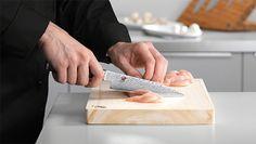 Brug af knive | kniv viden | MIYABI Sashimi, Butcher Block Cutting Board, Wedding Rings, Engagement Rings, Knifes, Cooking, Rings For Engagement, Commitment Rings, Anillo De Compromiso
