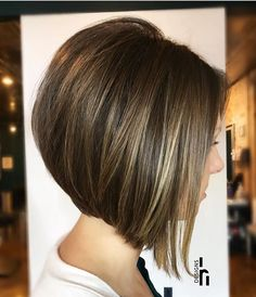Graduated Bob Hairstyles that Looking Amazing On Everyone In 2020 50 Trendy Inverted Bob Haircuts Inverted Bob Hairstyles, Bob Hairstyles For Fine Hair, Pixie Haircuts, Layered Haircuts, Braided Hairstyles, Wedding Hairstyles, Barber Haircuts, Twa Hairstyles, Stylish Hairstyles