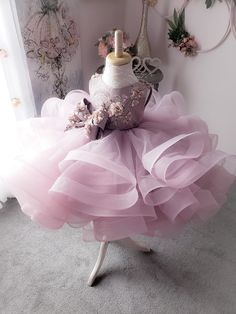 Lanvender Flower Girl Dresses Pageant Gowns with Bowknots Baby Girl Party Dresses, Dresses Kids Girl, Birthday Dresses, Kids Outfits, Flower Girl Dresses, Baby Girl Birthday Dress, Little Girl Gowns, Gowns For Girls, Girls Dress Shoes